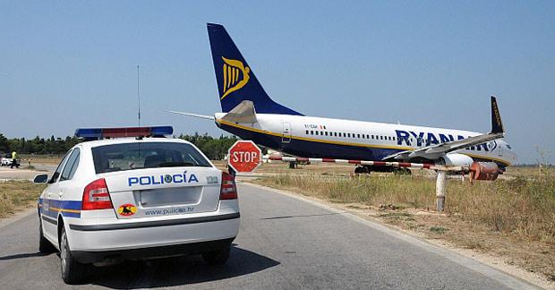 Dos aviones de Ryanair cerca de colisionar en Pamplona